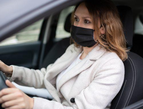 El uso de la mascarilla en el coche