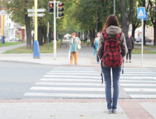 Los alumnos de ESO y Bachillerato podrían volver a clase por turnos